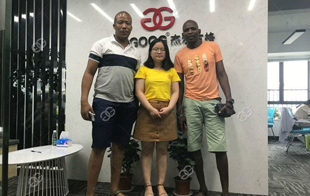 South Africa Customer Came to See Frying Machine
